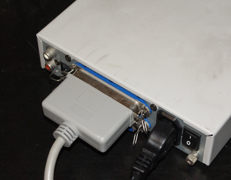 SCSI, alimentation et RCA