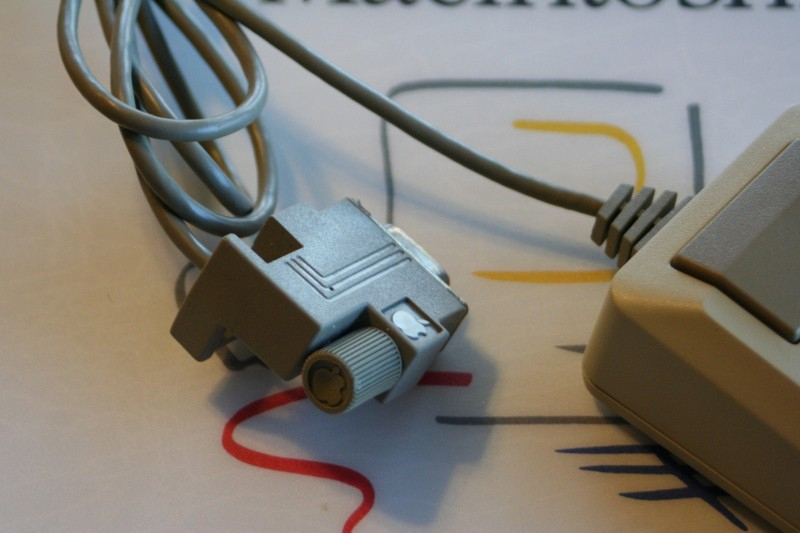 Le connecteur coudé