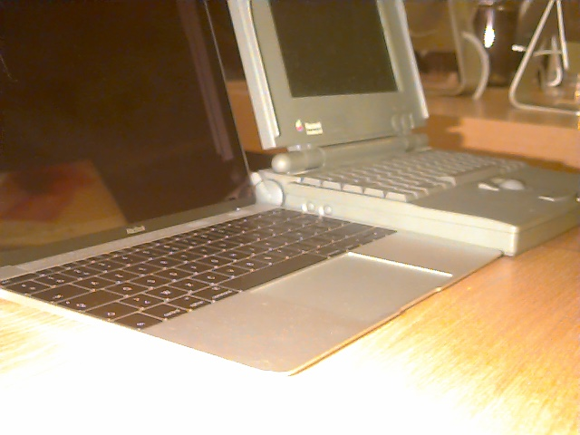 MacBook et PowerBook (24 ans plus tard)