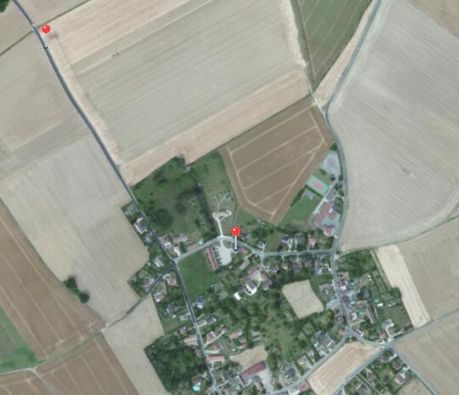 En campagne : Firefox en haut à gauche, GPS en bas à droite