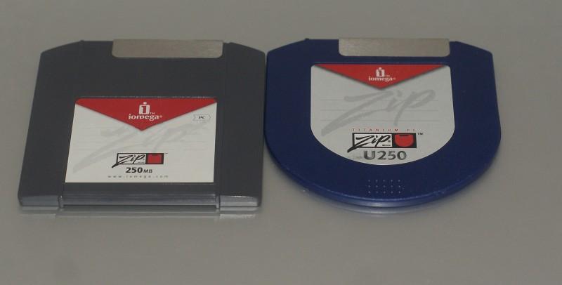 Un ZIP classique et un ZIP U250