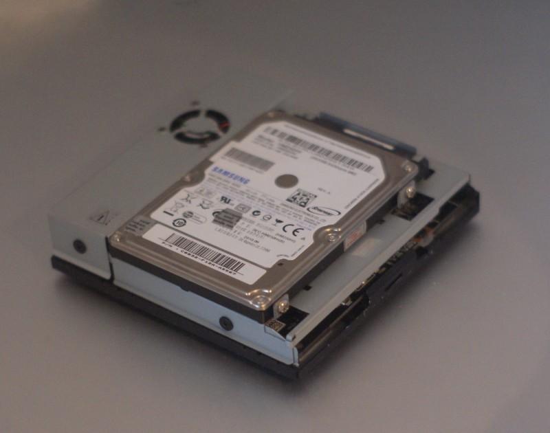 Un disque dur 2,5 pouces en interne