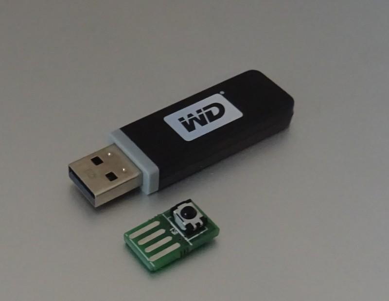 Face à une clé USB