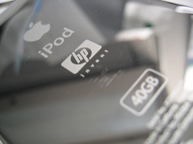 iPod HP (saltedwound, FlickR)
