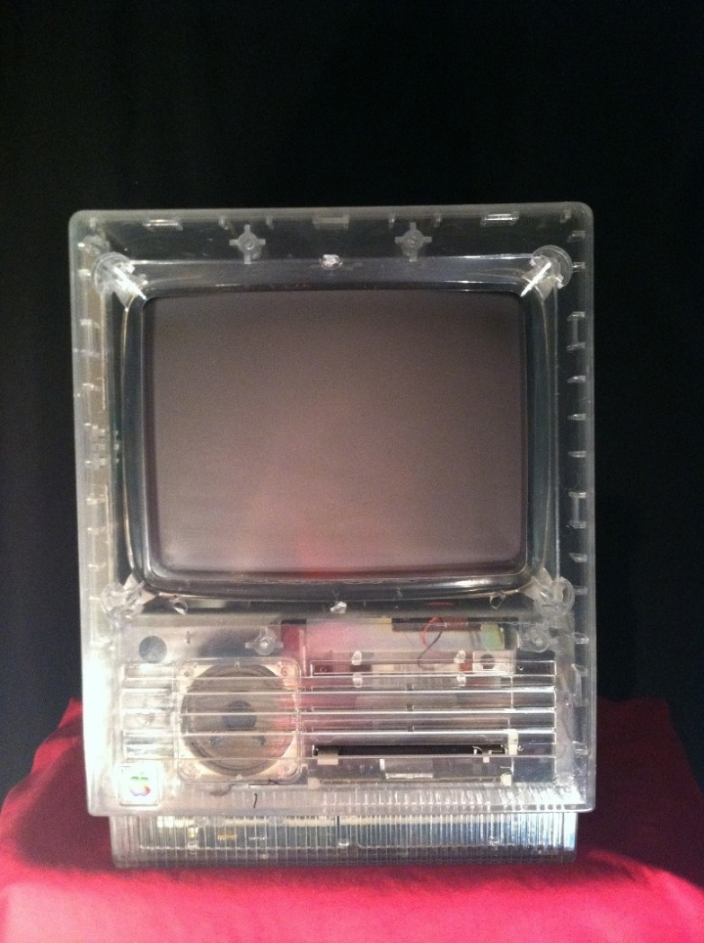 Mac SE transparent