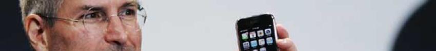 steve-jobs-iphone-presentation