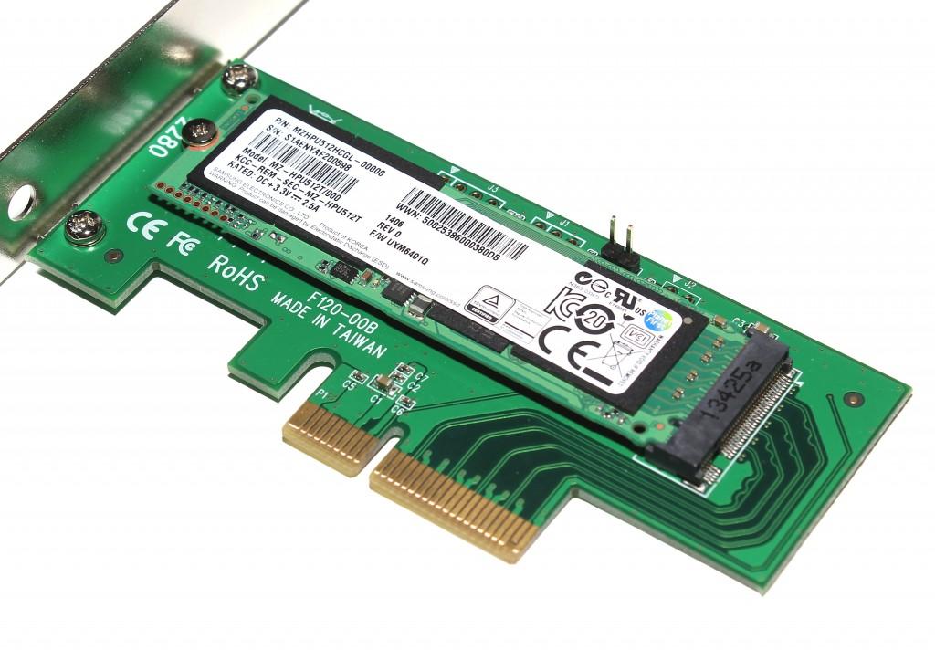Le SSD M.2 dans sa carte