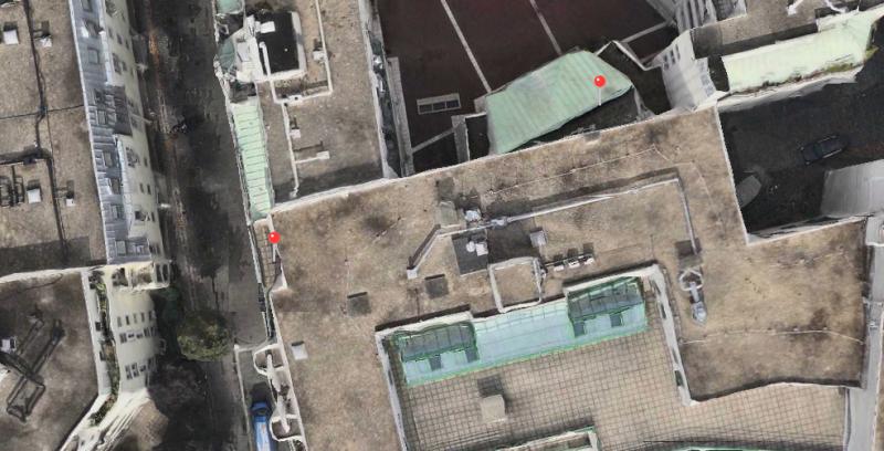 En ville : Core Location à droite, Google à gauche (Core Location est plus proche de la réalité)