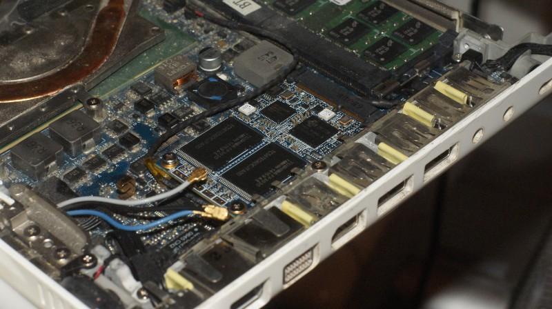 Installé dans un MacBook