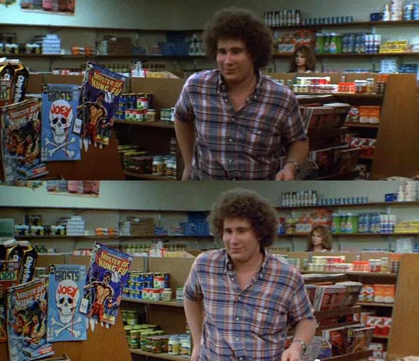 Le magazine à gauche, les boîtes de conserve en haut à droite