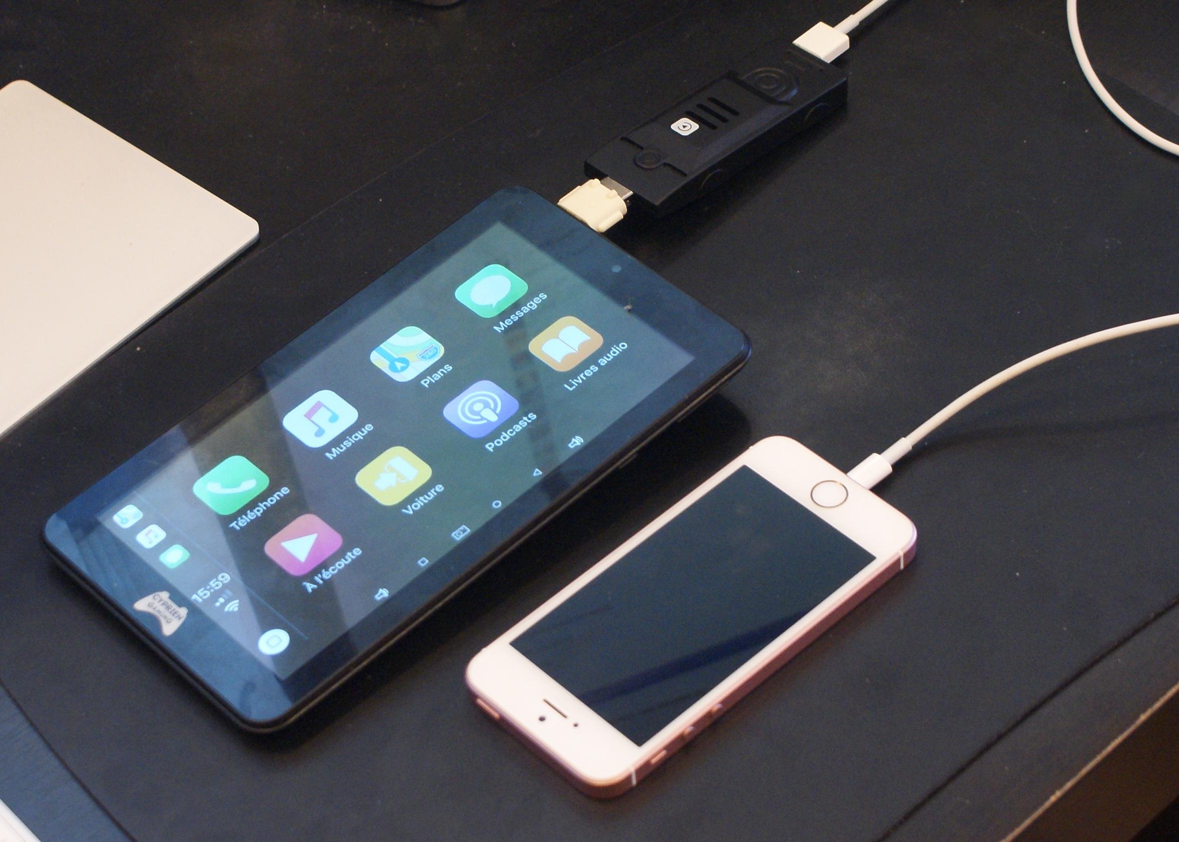 Un dongle pour transformer une tablette Android en récepteur CarPlay